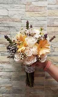 Sweet & Rustic Bridal Bouquet