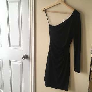 Guess off the shoulder dress