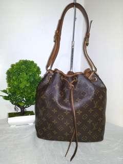 Authentic Louis Vuitton Monogram Petit Noe Bucket Bag
