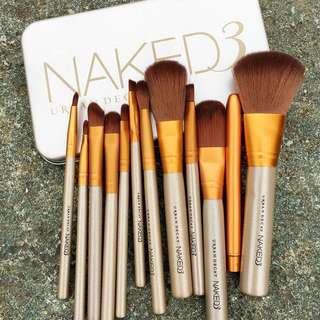 Naked 3 Synthetic Brush