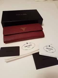 AUTHENTIC preloved Saffiano wallet