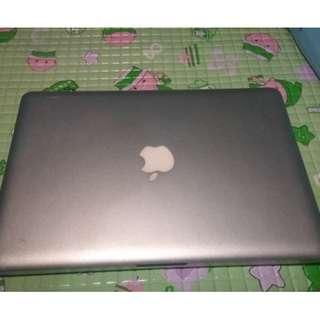 Macbook pro 13 inch i7 2.8GHz COSTUME 8GB SSD128GB