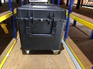 Pelican cube case 0370