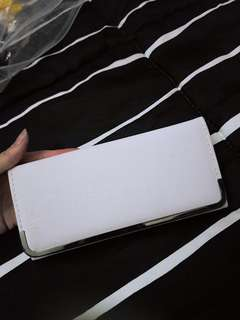 White long Wallet