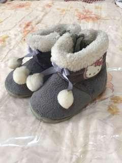 🚚 凱蒂貓短靴/尺寸13