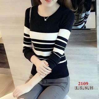 Long sleeved Knitted Blouse