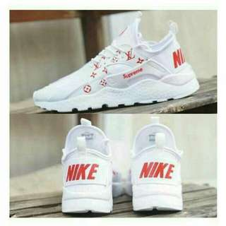 Nike air huarache supreme
