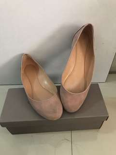 Charles and Keith Old Rose Flats