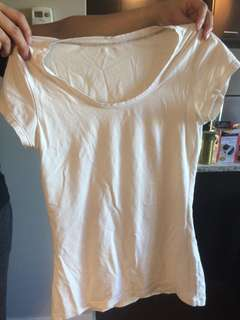 T shirt sz S-M