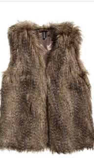 H&M faux fur brown vest Size US 4