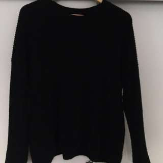Black Decjuba Knit