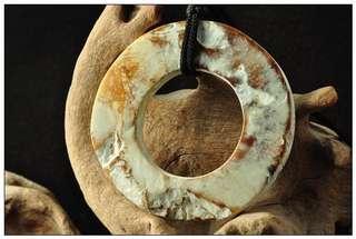 良渚古玉環