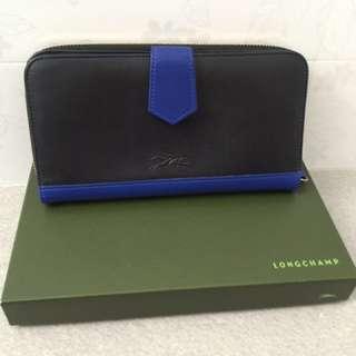 Geniune Longchamp Zip Around Wallet