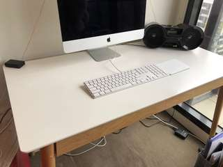 2 gorgeous white computer desks perfect condition