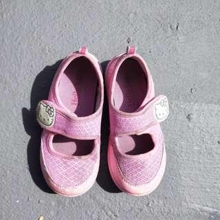 Hello Kitty鞋專櫃鞋購入常穿尺寸18