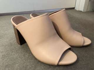 Brand new COUNTRY ROAD nude mules - so stylish & comfy!