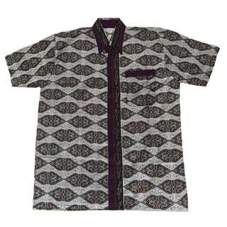 Brand New Men Batik Short Sleeve Shirt (size XL)