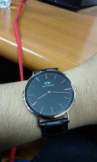 Daniel wellington 4mm black