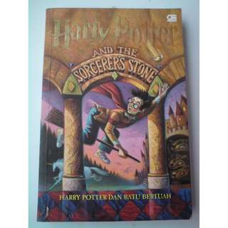 Novel Harry Potter dan Batu Bertuah Soft Cover Original Gramedia