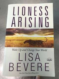Christian Book - Lioness Arising (Lisa Bevere)