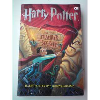Novel Harry Potter dan Kamar Rahasia