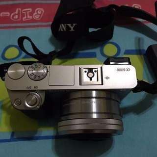 Camera Sony Alpha A6000 kit 16-50mm 99% mulus