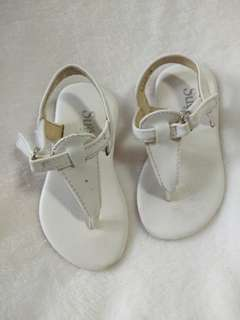 White baby sandals preloved