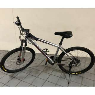 Cannondale Trail 5  / Medium Size / 26 Inch)
