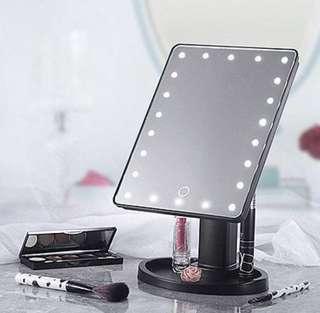 LED mini vanity mirror