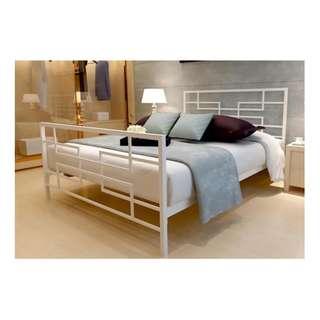 Double size bedframe