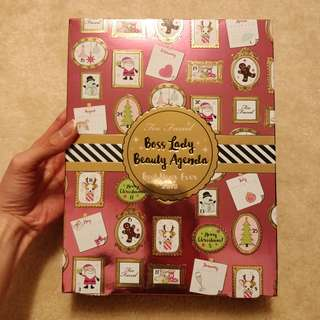 Too Faced Boss Lady Beauty Agenda kit