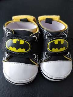 Bat man baby shoes 6-12M