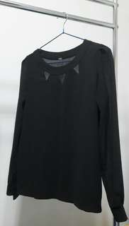 🚚 黑色造型雪紡上衣
