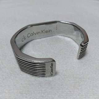 Authentic Calvin Klein Bangle and Juicy Couture Keychain