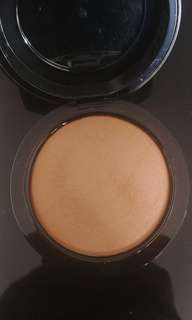 Mac give me sun bronzer