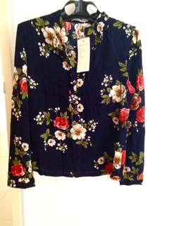 *Brand New* Floral Blouse