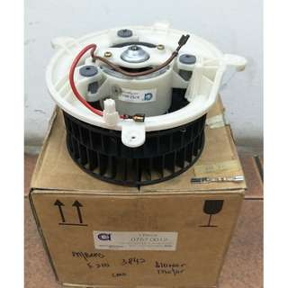 MERCEDES BENZ E210 BLOWER MOTOR