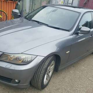 BMW 318XL WITH SUNROOF 2011