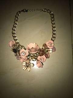 Kalung Pink Emas Bunga Cantik