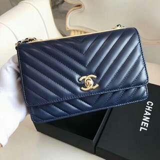 Trendy Chanel woc