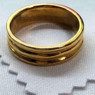 916 Gold Ring ❤️❤️