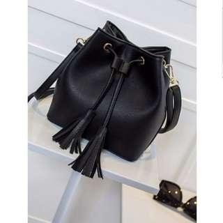 Trendy Ladies Bucket Sling Bag