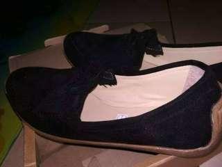 Sepatu flatshoes hitam