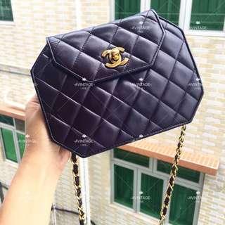 (SOLD)Chanel Vintage 紫色羊皮八角形斜孭袋