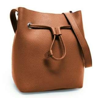 Tas Sling Bag Atala