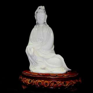 GUAN YIN W BASE