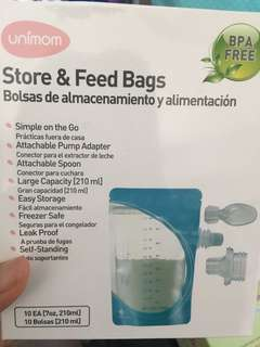 Unimom store and feed bags