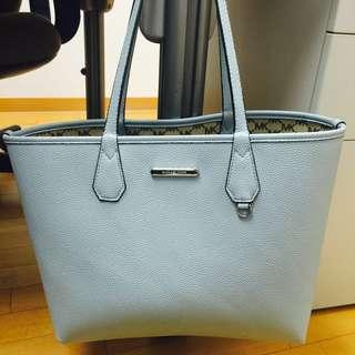 Michael Kors Lady Handbag