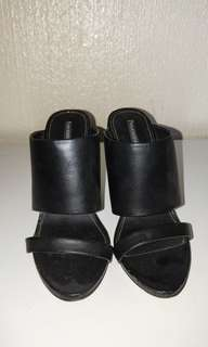 WINDSOR SMITH - Black block heels