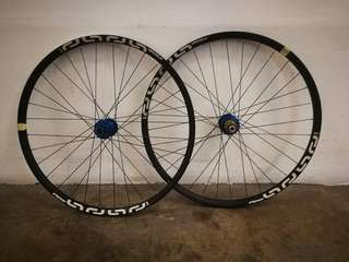 Hope e13 27.5 wheelset